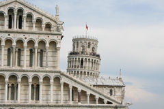 Cattedrale di Pisa con la torre pendente a Pisa Fotografia Stock Libera da Diritti