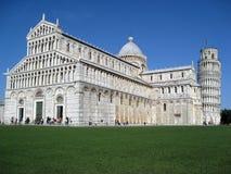 Cattedrale di Pisa e torretta di inclinzione Fotografie Stock Libere da Diritti