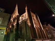 Cattedrale di Saint Malo alla notte-- Bretagna, Francia immagini stock libere da diritti