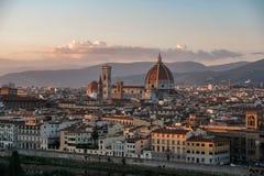 Cattedrale di Santa Maria del Fiore al tramonto, Firenze Fotografie Stock