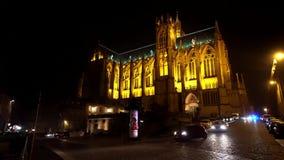 Cattedrale di Santo Stefano cattedrale di Metz, Metz alla notte con la luce dalle luci gialle, Metz Francia della cattedrale archivi video