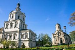 Cattedrale di Spassky dell'immagine di Vernicle del salvatore e la chiesa dell'arcangelo Michael, monastero di Andronikov, Mosca Fotografie Stock