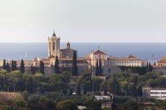 Cattedrale di Tarragona contro il mare di Medirranean Fotografie Stock
