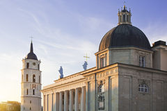 Cattedrale di Vilnius e torretta del campanile Fotografie Stock