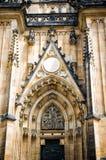 Cattedrale di Vitus del san del castello di Praga, parte della facciata Fotografie Stock Libere da Diritti
