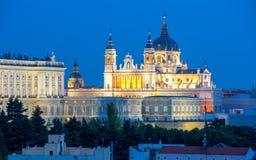 Cattedrale e palazzo di Madrid Fotografie Stock Libere da Diritti