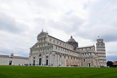 Cattedrale e torretta di inclinzione di Pisa Immagine Stock Libera da Diritti