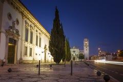 Cattedrale famosa di Aveiro entro le notti nel Portogallo Fotografia Stock