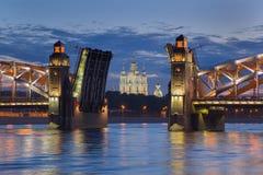 Cattedrale illuminata di Smolny fotografie stock libere da diritti
