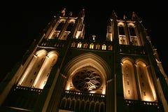 Cattedrale nazionale, inclinata ed illuminata per effetto ?incombente? fotografia stock