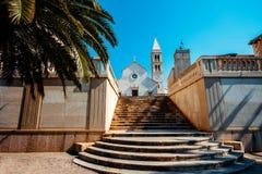 Cattedrale nella città di Supetar fotografia stock