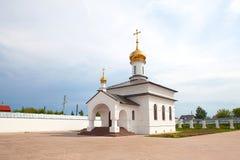 Cattedrale ortodossa con le cupole dorate Fotografia Stock