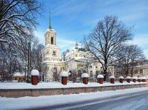 Cattedrale in Tartu, Estonia di presupposto fotografia stock