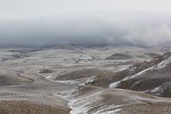 Cattivo giorno nelle montagne di Kelinshektau Fotografia Stock