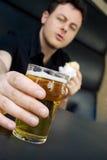 Catturare-un-birra fotografia stock libera da diritti