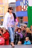 catwalkmodell Fotografering för Bildbyråer
