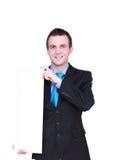 Caucasian affärsman med det tomma tomma vita kortet. Royaltyfri Foto