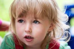 Caucasian closeup för ungeflickaframsida arkivfoton