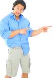 caucasian confused manlig som pekar barn arkivbild
