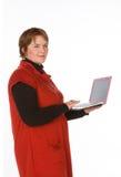 Caucasian kvinna i apelsin och blått Arkivbild