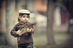 Caucasian little boy in a summer hat outdoors Stock Photography