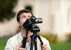 Caucasian man filming Royalty Free Stock Photos