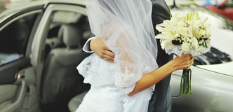 Caucasian newly wed couple Royalty Free Stock Photos