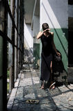 caucasian uttryckande flickasorgsenhet Arkivfoto