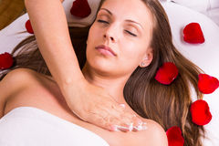 Caucasian woman at the beautician. Royalty Free Stock Images