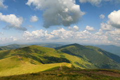 caucasus заволакивает ushba неба гор горы ландшафта shurovky прикарпатский взгляд сверху гор Лето Стоковое Изображение