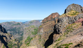 caucasus заволакивает ushba неба гор горы ландшафта shurovky Стоковые Фото