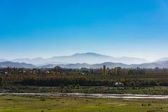 caucasus заволакивает ushba неба гор горы ландшафта shurovky стоковые изображения