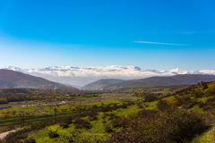 caucasus заволакивает ushba неба гор горы ландшафта shurovky стоковая фотография rf