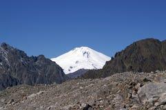 caucasus elbrusberg royaltyfria bilder