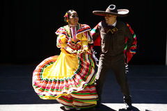 Caudillos Del Sur Mexican Folk Ballet, por todo o lado no festival do mapa Fotos de Stock Royalty Free