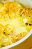 Cauliflower au gratin casserole with cheese crus Royalty Free Stock Photos