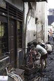 Causa de la casa de la quemadura por la explosión de la estufa Fotografía de archivo libre de regalías