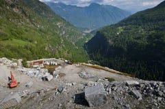 Cava abbandonata del granito Fotografie Stock Libere da Diritti