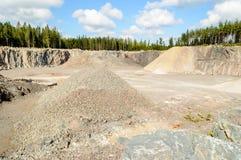 Cava della ghiaia e della pietra Fotografie Stock