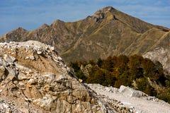 Cava di marmo e del montagna Fotografie Stock