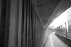 Cavalcavia e pavimentazione Fotografia Stock