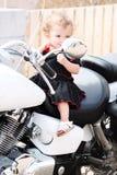 Cavaleiro de Motorcyle do bebê da menina fotografia de stock royalty free