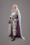 Cavaleiro fêmea na armadura de brilho imagens de stock royalty free