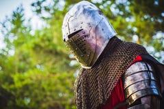 Cavaleiro na armadura Fotos de Stock Royalty Free