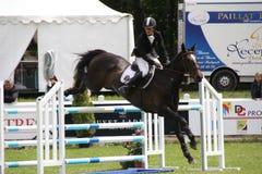 Cavaleiro no cavalo em Saumur França Fotos de Stock