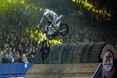 Cavaleiro no motocross do estilo livre Fotos de Stock
