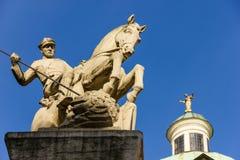 Cavaleiro que massacra um dragão. Poznan. Poland Fotos de Stock Royalty Free