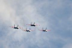 Cavaleiros aerobatic do russo da equipe do russo Imagem de Stock Royalty Free