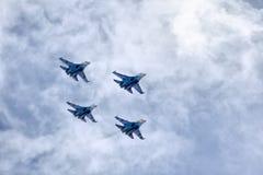 Cavaleiros aerobatic do russo da equipe do russo Foto de Stock