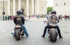 Cavaleiros de Harley Davidson Fotos de Stock